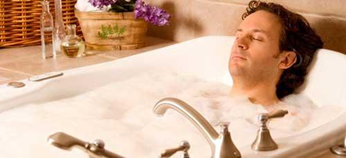 снится парень купается в ванной