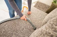 Как очистить диван в домашних условиях от пятен без разводов