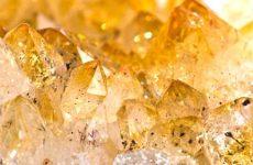 Описание камня и магические свойства цитрина: значение для человека