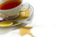 Как отстирать свежие и застарелые пятна от чая с одежды?