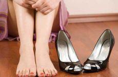 Как разносить кожаную обувь которая жмет в пальцах и натирает пятку?